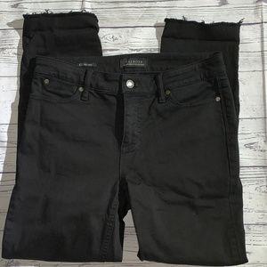 TALBOTS Flawless 5 Pocket Black Raw Hem Jeans sz 4